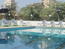 H tels jounieh pas chers partir de 43 destinia for Casino piscine aley