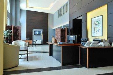 Hotel a aley hotel al miglior prezzo con destinia for Casino piscine aley