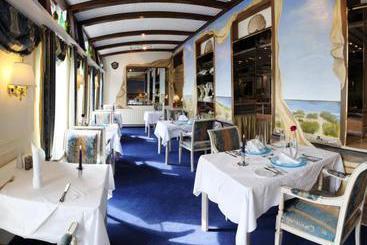 hotel vier jahreszeiten westerland die besten angebote mit destinia. Black Bedroom Furniture Sets. Home Design Ideas