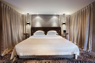 Hotel De L Elysee Paris The Best Offers With Destinia