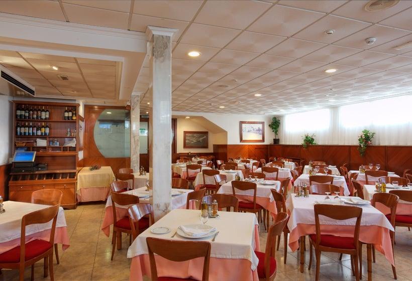 מסעדה בית מלון כפרי Bilbaino בנידורם