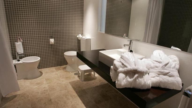 Cuarto de baño Hotel Dynastic Benidorm