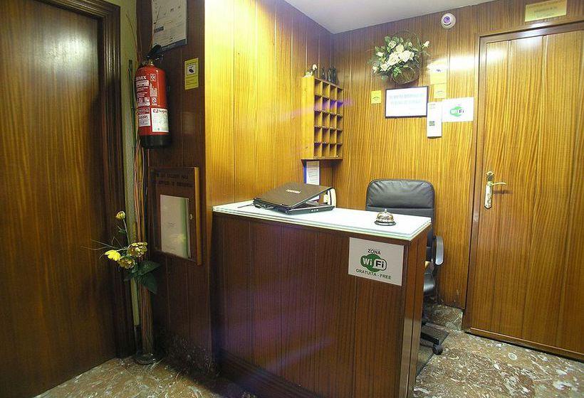 Reception Hotel Gorbea Vitoria