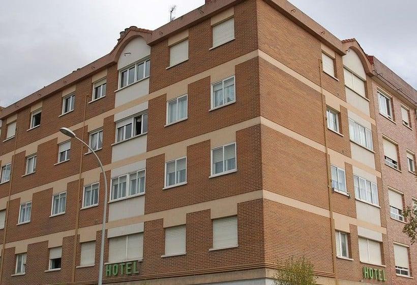 Outside Hotel Gorbea Vitoria-Gasteiz