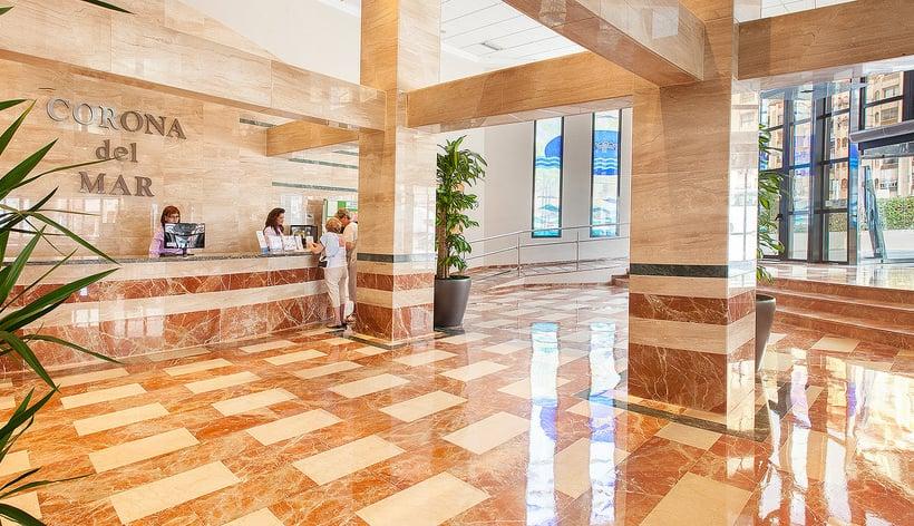 Recepción Hotel RH Corona del Mar Benidorm