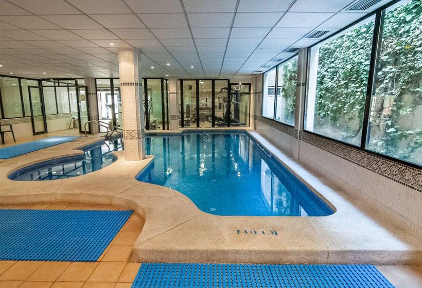 حمام سباحة فندق RH Corona del Mar بينيدورم