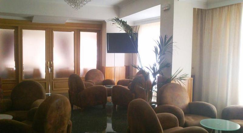 ホテル Tanit ベニドルム