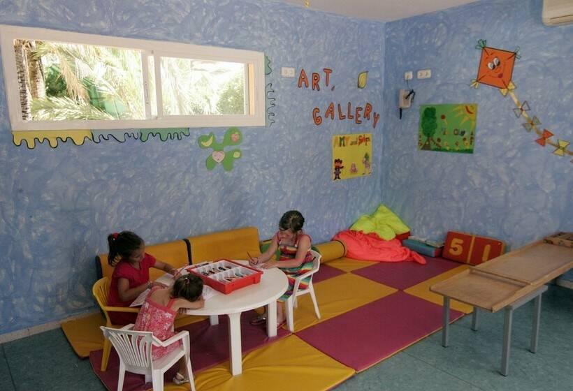 Kindereinrichtungen AzuLine Hotel Atlantic Es Canar