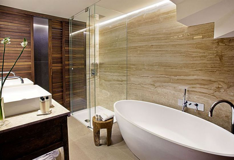 Bathroom Claris Hotel Barcelona