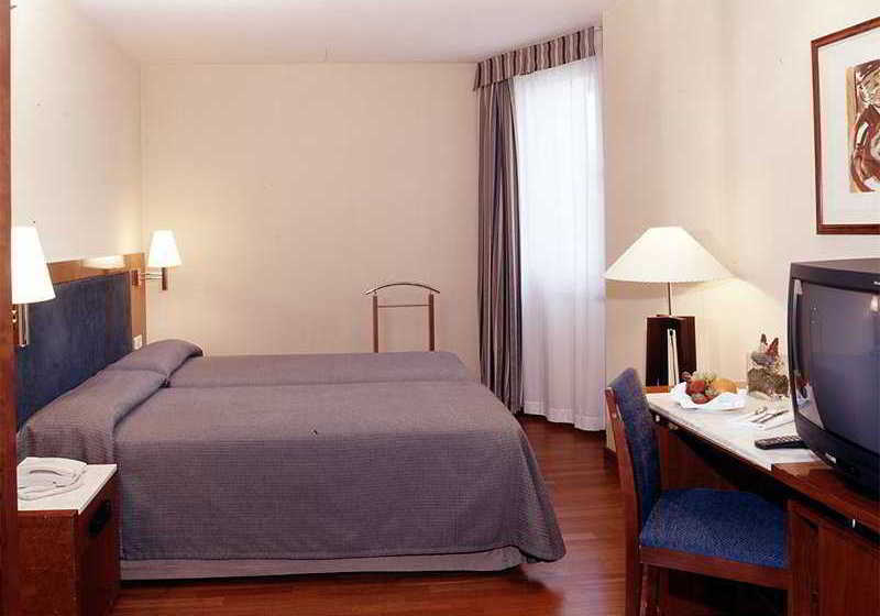 Hotel Husa Pedralbes Barcellona