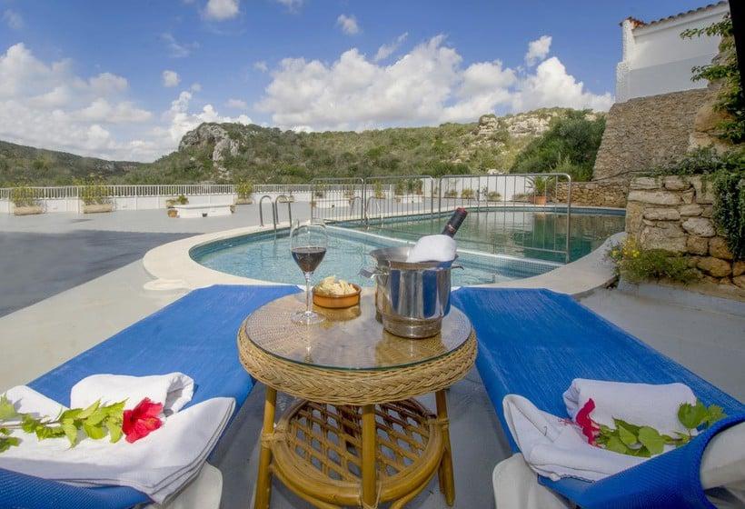 حمام سباحة فندق IBB Paradis Blau كالا ان بورتير