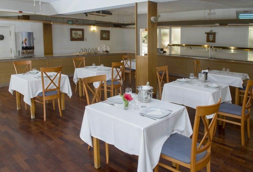 مطعم فندق IBB Paradis Blau كالا ان بورتير