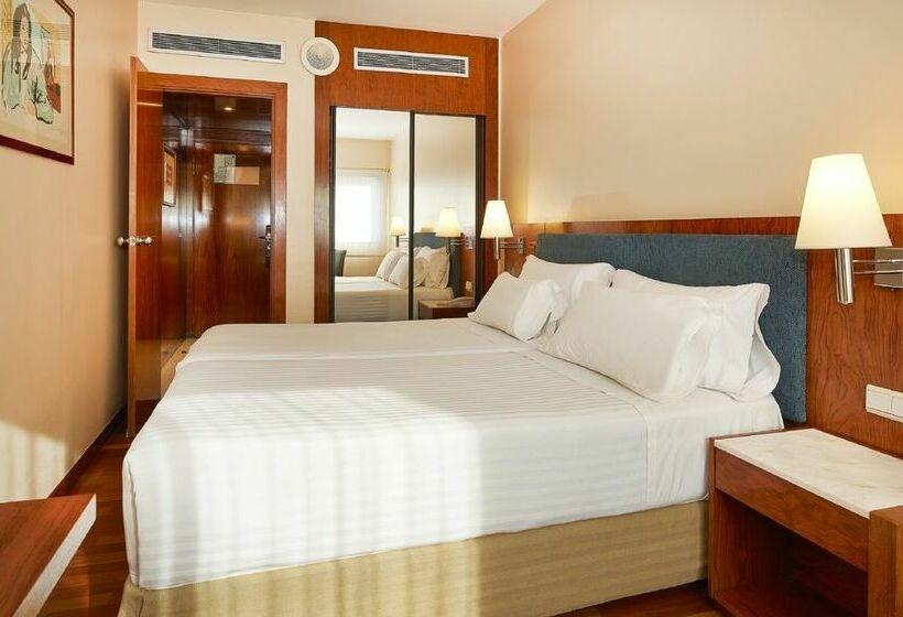 Hotel NH Barcelona Entenza