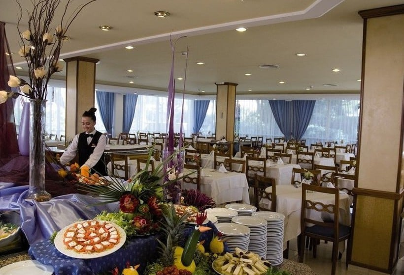 레스토랑 호텔 Riu Concordia Platja de Palma