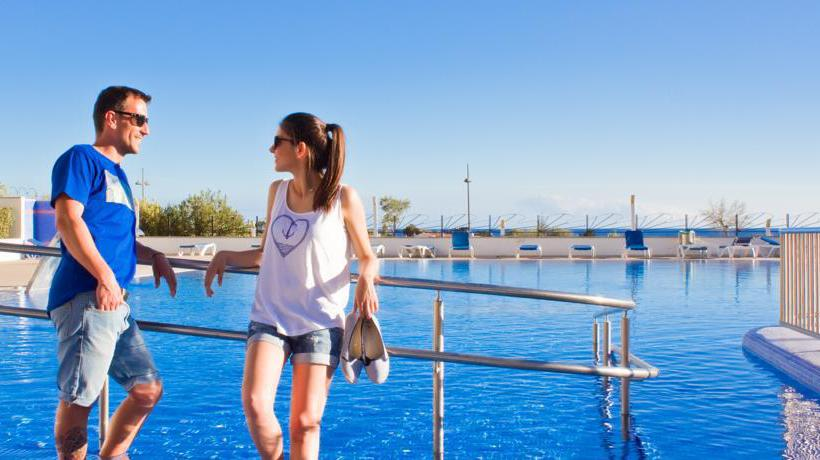 Hotel Sur Menorca Biniancolla