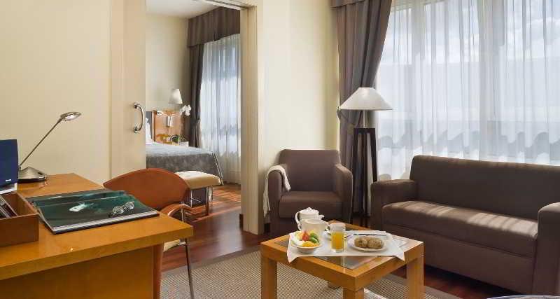 방 호텔 NH Atlántico 라코루냐