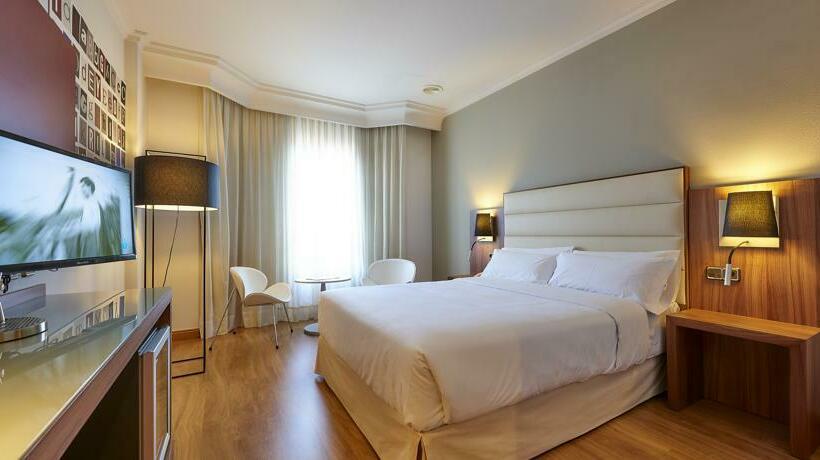 Hotel Tryp Vigo los Galeones