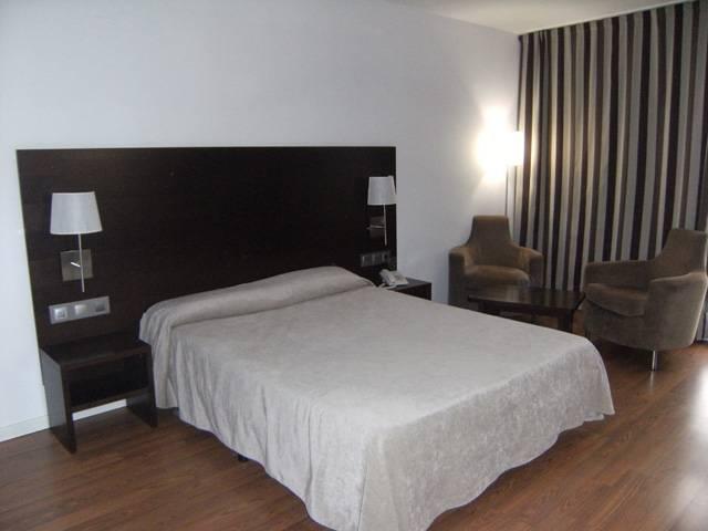 Hotell Maza Zaragoza
