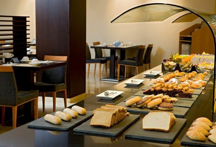 Cafeteria Hotel NH Ciudad de Valencia