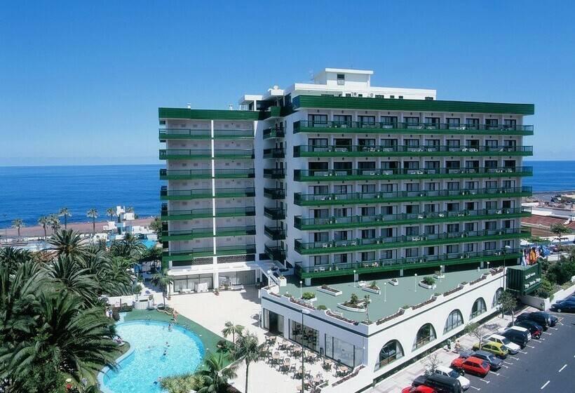 Outside Hotel Sol Puerto Playa Porto da Cruz