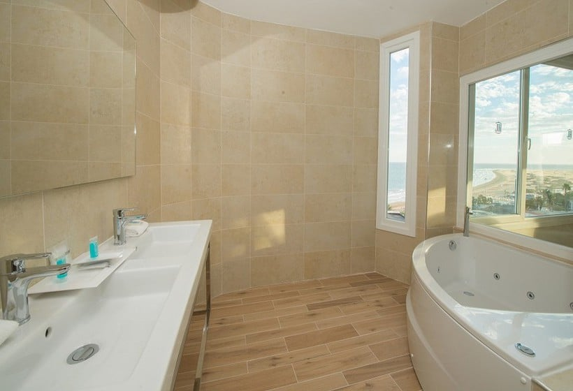 Bathroom Suite Hotel Playa del Inglés بلايا ديل إنجليس