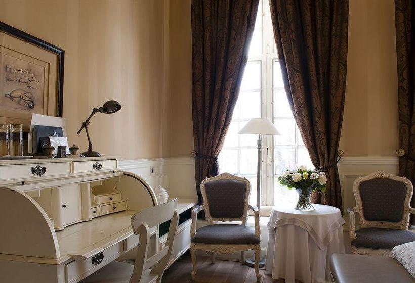 فندق De Tuilerieen بروج