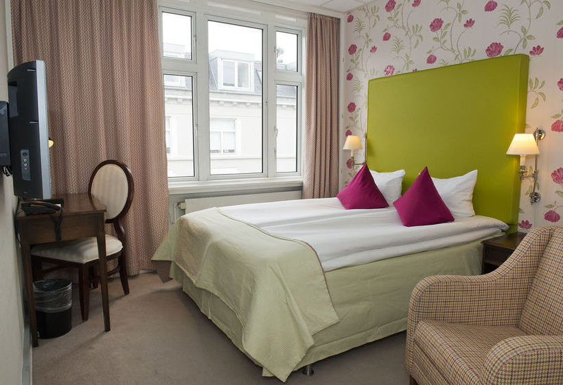 First Hotel Mayfair Copenhaga
