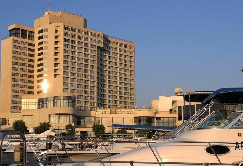 Buitenkant Hotel Intercontinental Abu Dhabi
