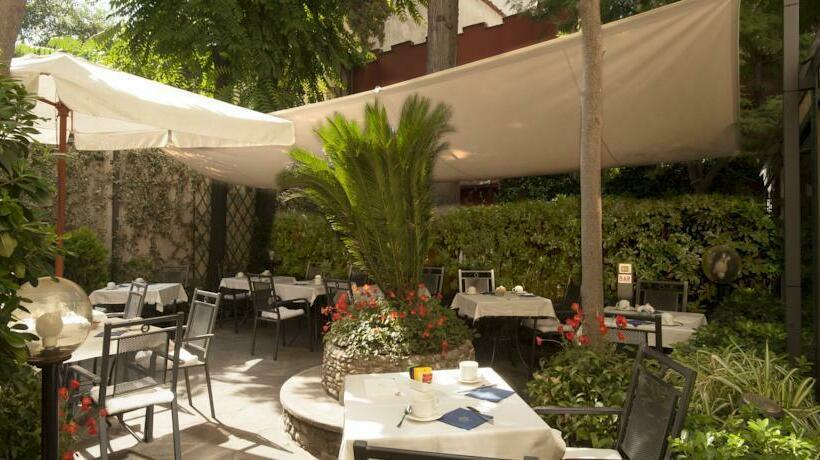 Terrasse Hotel Rivoli Florenz