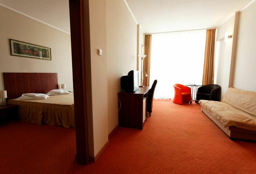 Hôtel Perla Oradea