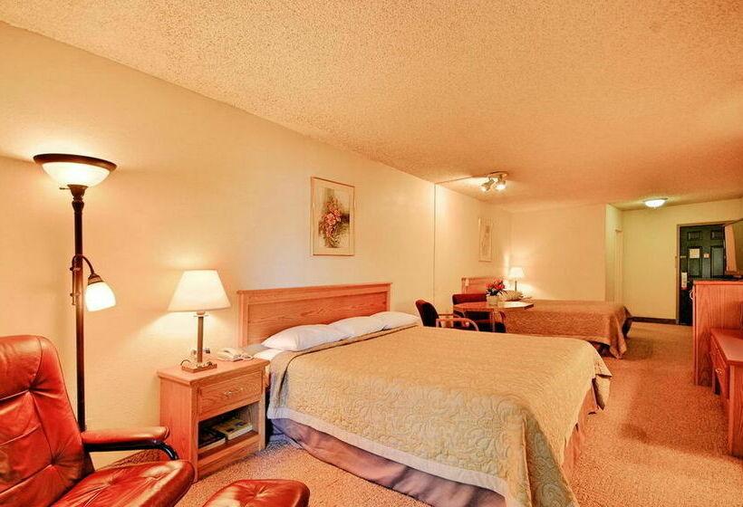 Super 8 Motel Long Beach