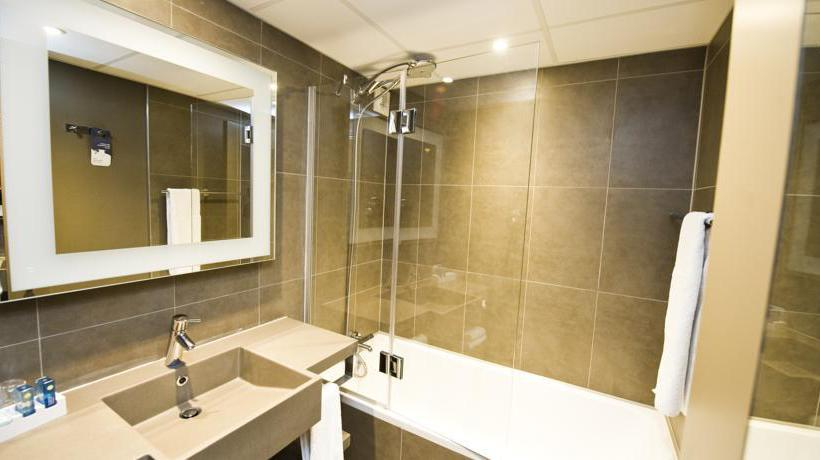 Bathroom Novotel Antwerpen