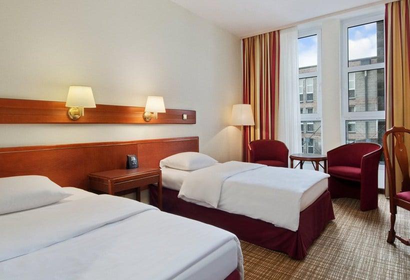 Room Hotel Hilton Nuremberg