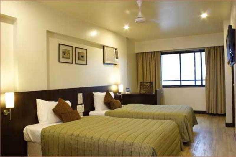 Hotel Transit Bombay