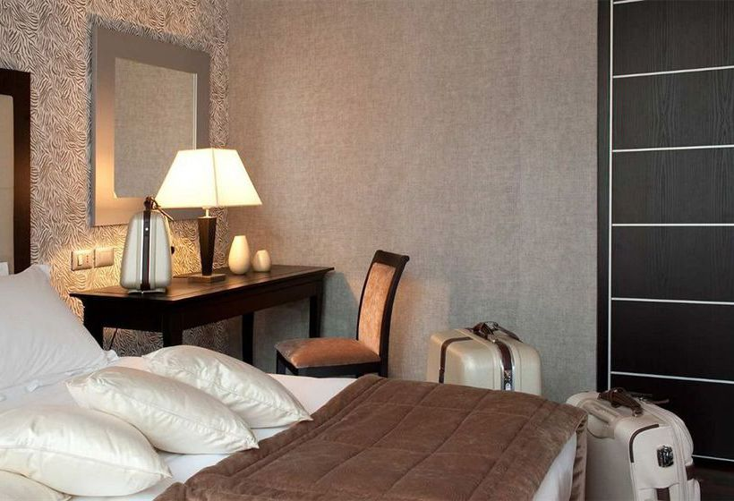 Hotel Fiume Rom