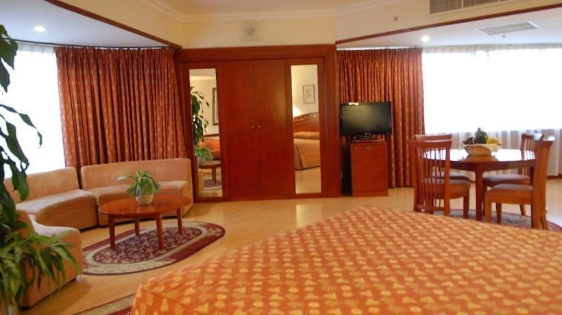 Quarto Hotel Panorama Grand Dubai