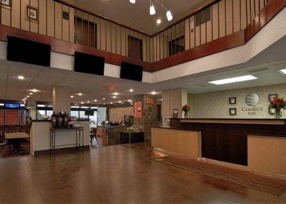 Hotel Comfort Inn Metro Airport Romulus