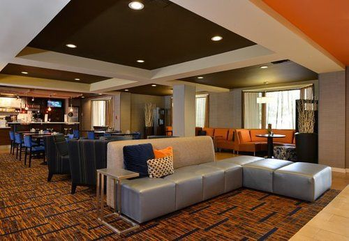 호텔 Courtyard by Marriott Bentonville
