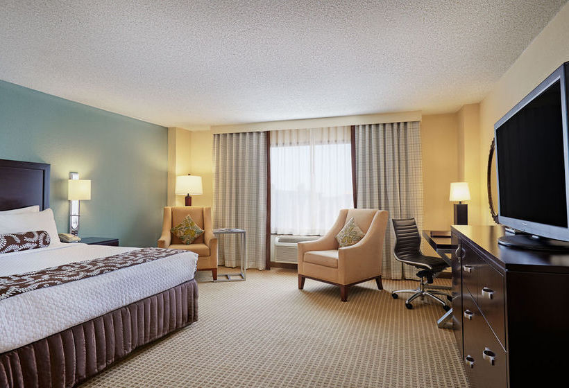 فندق Crowne Plaza Atlanta Airport أتلانتا