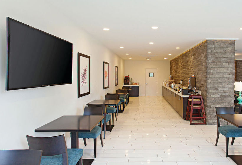 فندق Days Inn & Suites Santa Barbara