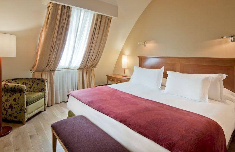 Habitación Hotel NH Palacio de Vigo
