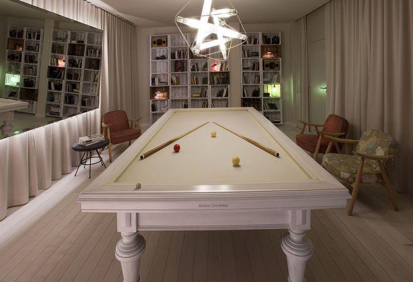 h tel chic basic ramblas barcelone partir de 31. Black Bedroom Furniture Sets. Home Design Ideas