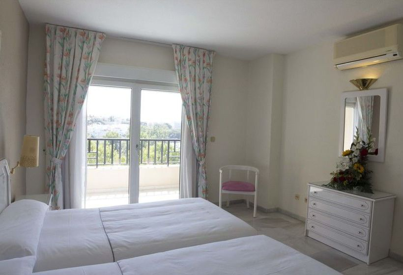 Room First Flatotel International Benalmadena