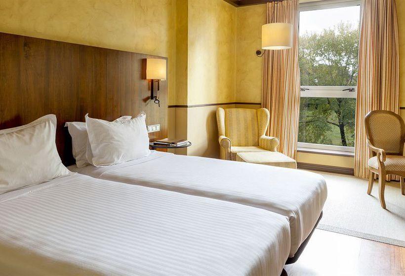 Room Hotel AC Palacio del Carmen Santiago de Compostela