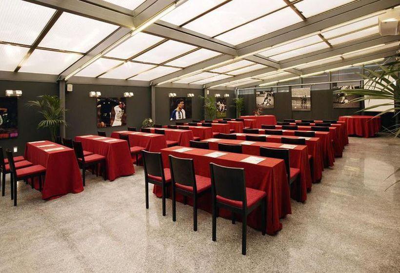 فندق Petit Palace Arturo Soria مدريد