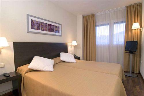 Zimmer Hotel Tryp Valencia Feria