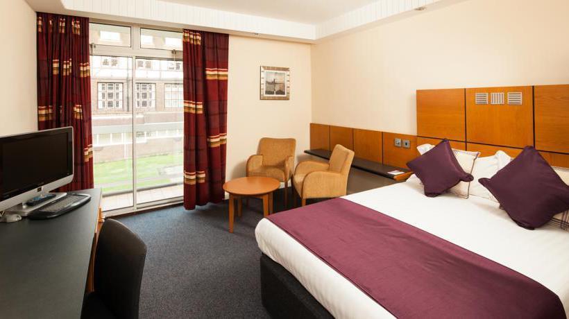 Camera Mercure Leeds Parkway Hotel