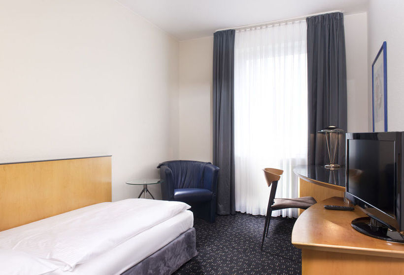Hotel Days Inn Berlin City South Berlino