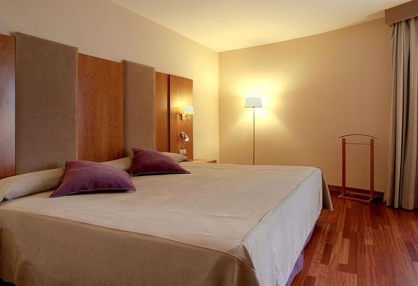 ホテル NH Ciudad de Almería アルメリア