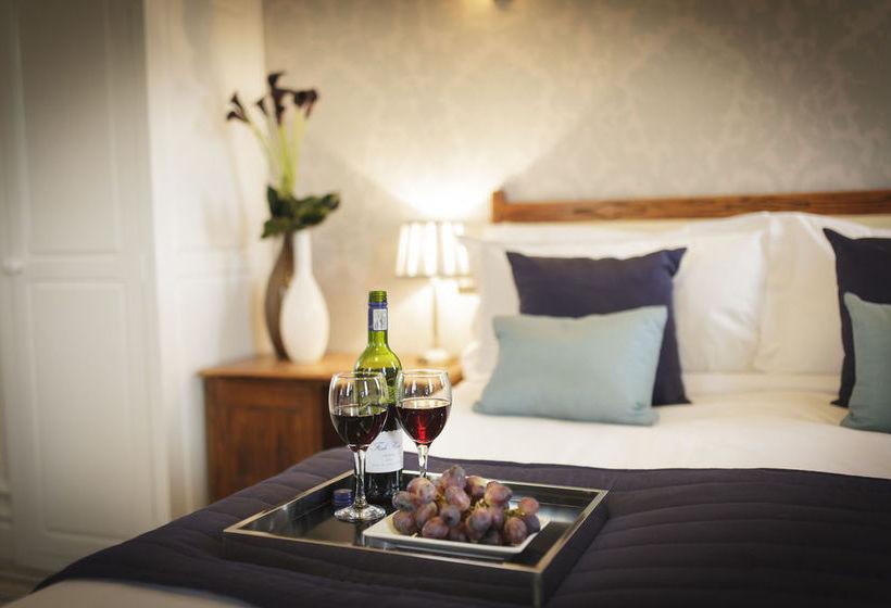 Hotel Rye Lodge